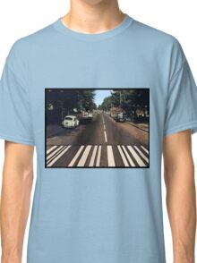 Blank Abbey road - no beatles Classic T-Shirt