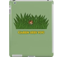 Garen sees you iPad Case/Skin
