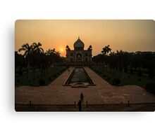 Sunset at Safdarjung's Tomb Canvas Print