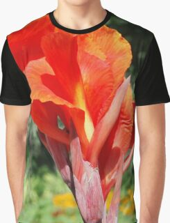 Red Canna Lilly Flower in Summer Garden Graphic T-Shirt