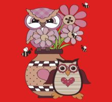 Love Owls .. tee shirt by LoneAngel