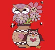 Love Owls .. tee shirt by LoneAngel