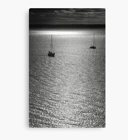 Sailboat on the sea at sunset black and white film - Navi sull'argento Canvas Print