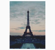 Paris by Meowykinss