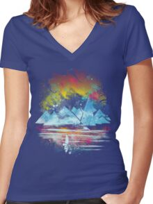 iceland islands Women's Fitted V-Neck T-Shirt