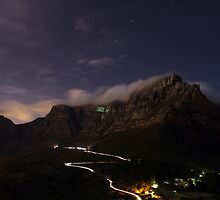 Table Mountain 9:15Pm  by Mark Braham
