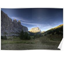 Valley in mountains at dawn landscape naturalistic wall art - Vicini al Paradiso Poster