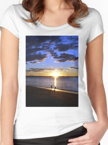 Frisbee Sunset Women's Fitted Scoop T-Shirt