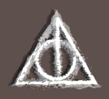 Deathly Hallows (white & black) by Lauramazing