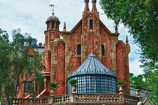 The Haunted Mansion by Gwilanne Carlos