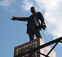 Lenin Statue on the Silk Road, Turkmenistan by Jane McDougall