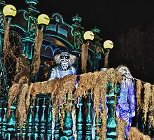 Hitchhiking Ghost @ Boo to You Parade by Gwilanne Carlos