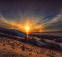 Valley Parhelion 8284_14 by Ian McGregor