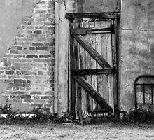 Back gate ......... by Nina  Matthews Photography