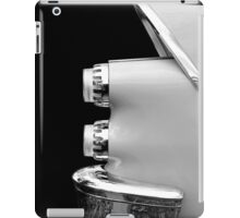 One Rear (black&white) iPad Case/Skin