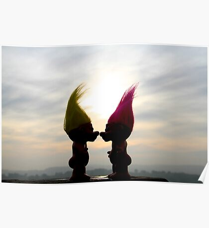 trolls in love Poster
