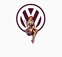 Volkswagen Pin-Up Wrenching Wanda (dark purple) Unisex T-Shirt