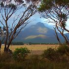 Stirling Ranges at sunrise by BigAndRed