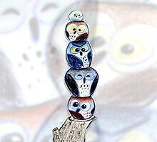 OWL TOTEM No1 by Philip  Vallentin