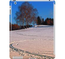 Hiking through winter wonderland III | landscape photography iPad Case/Skin