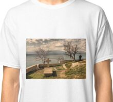 between life and death Classic T-Shirt