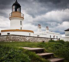 Cromarty Lighthouse, Scotland by cjdolfin