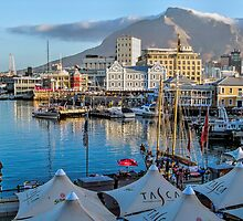 V & A Waterfront Cape Town by Lynn Bolt