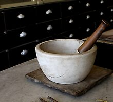 Mortar and pestle by Kelly Morris