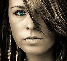 Opal Eye by robjohnson333