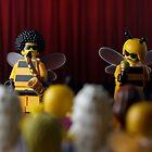A Buzz Buzz by emmkaycee