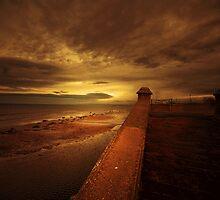 SUNRISE by leonie7