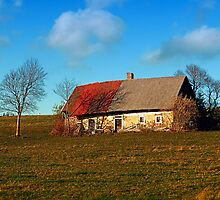 Old abandoned farmhouse | architectural photography by Patrick Jobst
