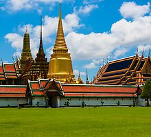 Wat Phra Kaeo, Bangkok Thailand by thegaffphoto