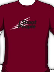 I Shoot People (Nikon Theme) T-Shirt