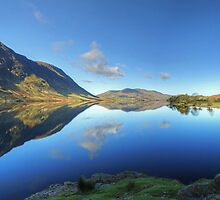 Crummock Water Panorama by VoluntaryRanger