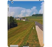 Country road and cloudy blue sky | landscape photography iPad Case/Skin