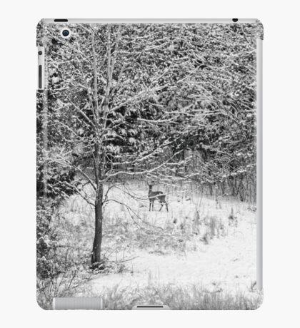 Peering Out - Deer BW iPad Case/Skin