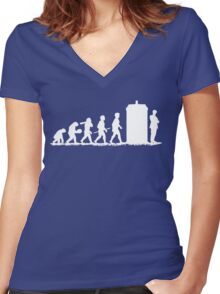 Evolution Doctor! Women's Fitted V-Neck T-Shirt