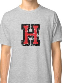 Letter H (Distressed) two-color black/red character Classic T-Shirt