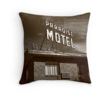 Route 66 - Paradise Motel Throw Pillow