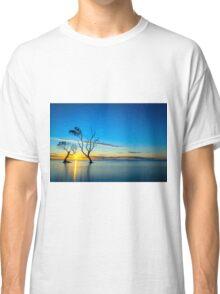 Beachmere Beach Silhouette Sunrise Classic T-Shirt