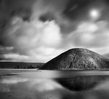 Silbury Hill. by igotmeacanon