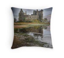 Kilchurn Castle, Loch Awe, Argyll, Scotland Throw Pillow