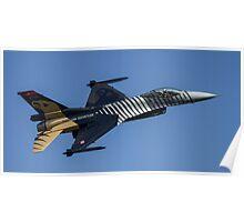"""F16 Fighting Falcon """"Solo Turk""""   Poster"""