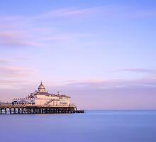 Eastbourne Pier by fernblacker
