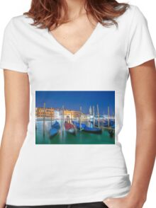 Gondola Women's Fitted V-Neck T-Shirt