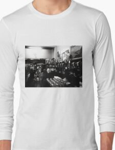 Espresso Bar, B&W... T-Shirt