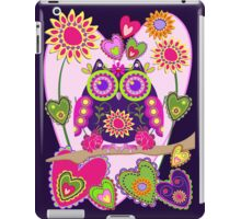 Flower power Owl in Love, decorative vector case iPad Case/Skin