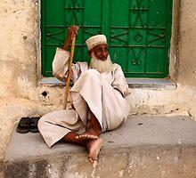 Omani gentleman by Julian Raphael Prante