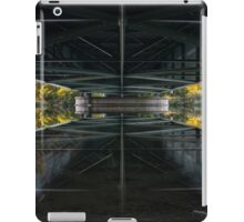 ipad bridge mirror iPad Case/Skin